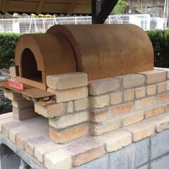 庭づくり/アウトドア/男前/雑貨/ガーデニング/ピザ窯/... 数年前にピザ釜をDIYしました。 土台や…(8枚目)