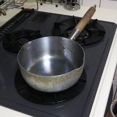 キッチン雑貨 嫁入り道具でこれも30年使ってます。
