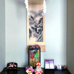 大晦日/年末年始 床間と玄関に鏡餅を飾って、新しい年を迎え…