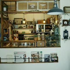 DIYブックシェルフ/ガラスショーケース風/カウンター/カウンターキッチン/キッチン/DIY/... キッチンカウンターは上も何もない状態でし…