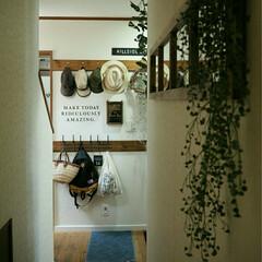 DIY窓枠/DIYプレート/DIYパブミラー/DIY/リフォーム/部屋作り(部屋づくり)/... 窓風鏡をつけただけですが、空間が広がって…