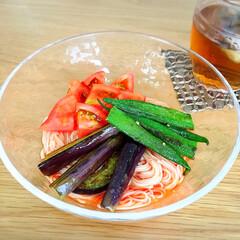 トマト/素麺/おうちごはん/グルメ 今日の昼ご飯🍴 トマト素麺🍅 意外に美味…