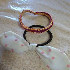 刺繍糸/夏コーデ/ファッション/雑貨/100均/セリア/... ヘアゴム😃 リボン付けてみた、 刺繍糸で…