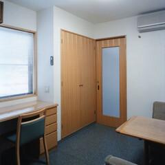 事務室 1階寺院の寺務室です。床:アームストロン…
