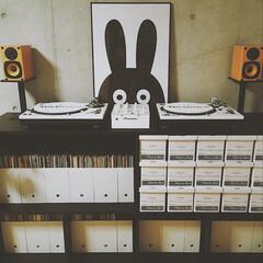 DJ/DJブース/MINIWILLA/ポスターパネル/モノトーン/最近のコーデ 映画でよく子供部屋に飾ってあるこのイラス…