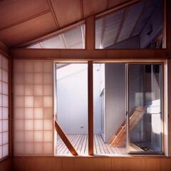 和風 リビングや屋根裏小屋などから出入り可能な…