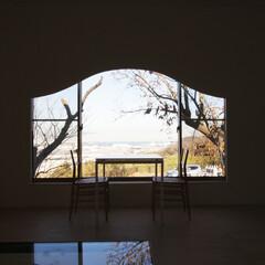 和風 季節と動的視線の変化を楽しむための花頭窓…