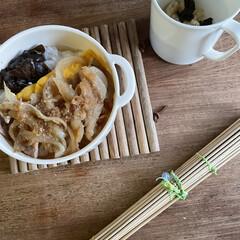 お弁当 生姜焼き弁当🍱  うす焼き玉子、アサリと…(1枚目)