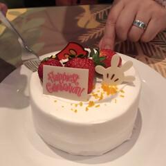 ケーキ/ミッキー/ディズニー/スイーツ/グルメ ディズニーランドで食べてきましたー😆😆
