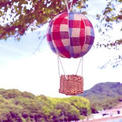 気球モビール/モビール/100均リメイク/100均/ハンドメイド/手作り/... 夏の空にぴったりな気球を作ってみました(…(5枚目)