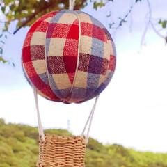 気球モビール/モビール/100均リメイク/100均/ハンドメイド/手作り/... 夏の空にぴったりな気球を作ってみました(…(6枚目)