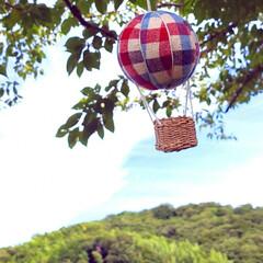 気球モビール/モビール/100均リメイク/100均/ハンドメイド/手作り/... 夏の空にぴったりな気球を作ってみました(…(9枚目)
