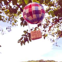 気球モビール/モビール/100均リメイク/100均/ハンドメイド/手作り/... 夏の空にぴったりな気球を作ってみました(…(4枚目)