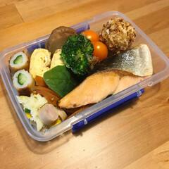 魚/野菜/お弁当/フード/グルメ 息子のお別れ遠足弁当。 肉嫌いなので、焼…