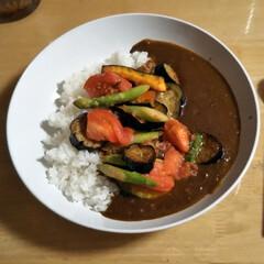 カレー はじめて作った野菜カレー。 アスパラ、ト…(1枚目)