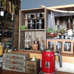 男前インテリア/カウンター/コーヒーコーナー/わたしのお気に入りカウンター/DIY/キッチン雑貨/... デロンギの電気ケトル 置き場所はここに …