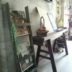 見せる本棚/見せる収納/男前インテリア/本棚/ブックシェルフ/シェルフ/... すのこでブックシェルフを作りました。 縦…