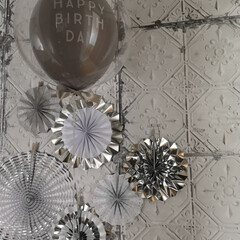 YOU+ ペーパーファン セット 誕生日 飾り 飾り付け 8個セット バースデー お祝い イベント ー 水玉 ストライプ デコレーション(ガーランド)を使ったクチコミ「今月は息子の誕生日でした。 今年はお家で…」