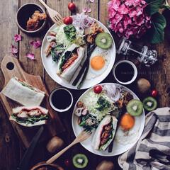 暮らし/サンドイッチ/ワンプレート/brunch/おうちごはん/キッチン/... brunch♡ ・ 今日のbrunchは…