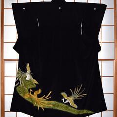 古着/着物/リサイクル/再生/留袖 昭和中頃に作られた留袖です。前見ごろ上前…