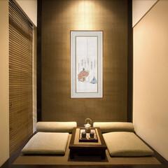 お茶/和室/着物アート/伝統 季節の掛け軸の代わりに、着物アートで斬新…