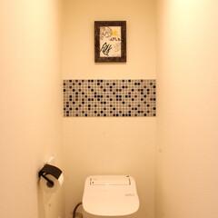 タイル/モザイクタイル/タイルシート/タイルシール/ウォールステッカー/壁紙/... 1.改善したかった点 シンプルなトイレに…