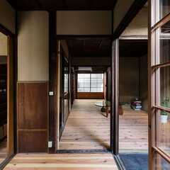 京都/大阪/奈良/関西/京町家/町家/... 見世の間から居間を見る。