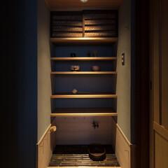 不動産・住宅/家/水屋/茶室/和室/和風/... 廊下をくりぬいて新設した半間の水屋。天袋…