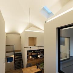 住宅/木造/新築/間取り/戸建て/大阪/... 小さな家の灯りは気分に応じて調光できる。