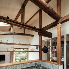 設計事務所/建築家/建築/設計/相談/家/... オープンになった柱・梁を拠り所にして棚や…
