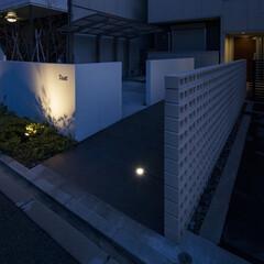マンション/アパート/ハイツ/賃貸/ワンルーム/事業/... 右手前から駐車場、Trustアプローチ、…
