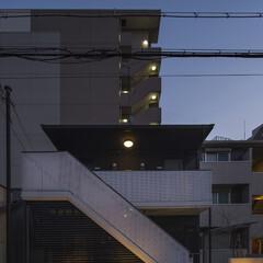 マンション/アパート/リノベーション/リフォーム/外観/外壁/... Diasファサード。カラーリングをモノト…