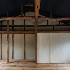 「天井面には断熱材を付加。船底天井に変更し…」(1枚目)