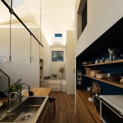 戸建て/新築/木造/住宅/間取り/大阪/... 汚れが気になるキッチンの床は四半敷きのタ…