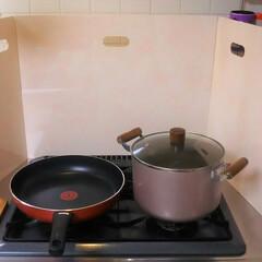 キッチン大好き/キッチンパネル/キッチン/コンロ/コンロ周り/インタリア/... 温かみあるこの色合いがとっても気に入って…