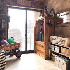 セルフリノベーション/子供部屋/DIY/雑貨/100均/セリア/... こんにちは☺︎ 1階にある子供部屋は元和…