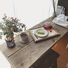 ウッドプロ/スツールDIY/カフェテーブル/ドライフラワーのある暮らし/テーブルDIY/木工DIY/... 昨年diyした足場板テーブルの脚の色を少…(3枚目)