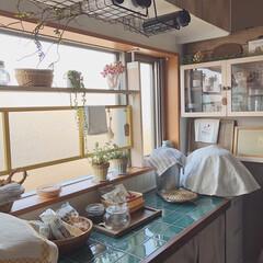 和信ペイント/ラブリコ/収納棚DIY/タイルDIY/ものづくり/カゴ収納/... 今日はキッチンカウンターの背面のタイルシ…
