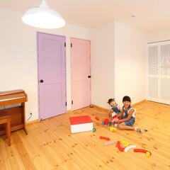 キッズルーム/子供室/ドア/木製ドア 子供部屋のドアは姉妹にぴったりな女の子ら…