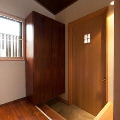和風/和風住宅/和モダン/和モダン住宅/住宅/家/... 豊中市で設計した「銘木の家」の玄関扉には…