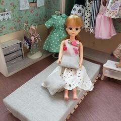 ドールハウス/オシャレ/ベット/リカちゃん/リカちゃんハウス/100均/... 久しぶりにリカちゃん家具作り(^-^) …