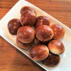 手作りパン/ホームベーカリー/カルピスバター/お家時間 この頃よく作るようになった丸パンは、 途…
