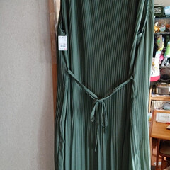 フォロー大歓迎/ワンピース/夏服/おしゃれ アベイルで夏用の服を買いました😊 黒ワン…(4枚目)