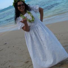 オアフ島 ウェディングドレスはフラショップでオーダ…