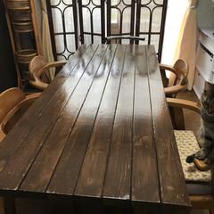 アサヒペン高耐久2液うれたんニス 古くなったダイニングテーブルを 2×4の…