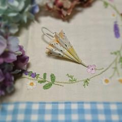 ミニチュア傘/紫陽花フェイク/夏のお花の刺繍 ミニチュア傘のモビール作りたくて試作品作…