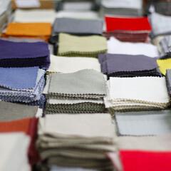 ソファカバー/ハンドメイド ソファカバー/ハンドメイド ソファー カバー/手作り ソファカバー/カバー 生地 弊社で取り扱いのある様々な素材と色の生地…