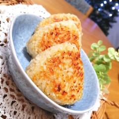 おうちごはん/残りご飯/焼きおにぎり 今日は冬至☃でしたね。 冬至の日は、かぼ…