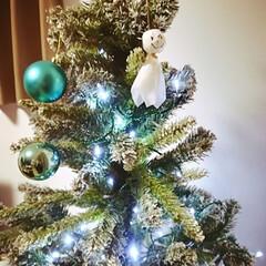 クリスマスツリーにてるてる坊主/明日は発表会/明日天気にしておくれ/てるてる坊主/近くに落ちた?/地響き/... 家のすぐそばに雷が落ちたのか、ものすごい…