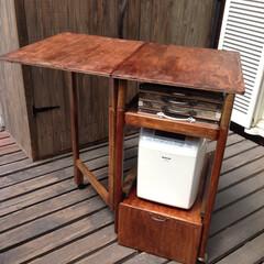 DIY/リメイク/ワゴン 年代物の昭和なイメージの木製ワゴンをリメ…